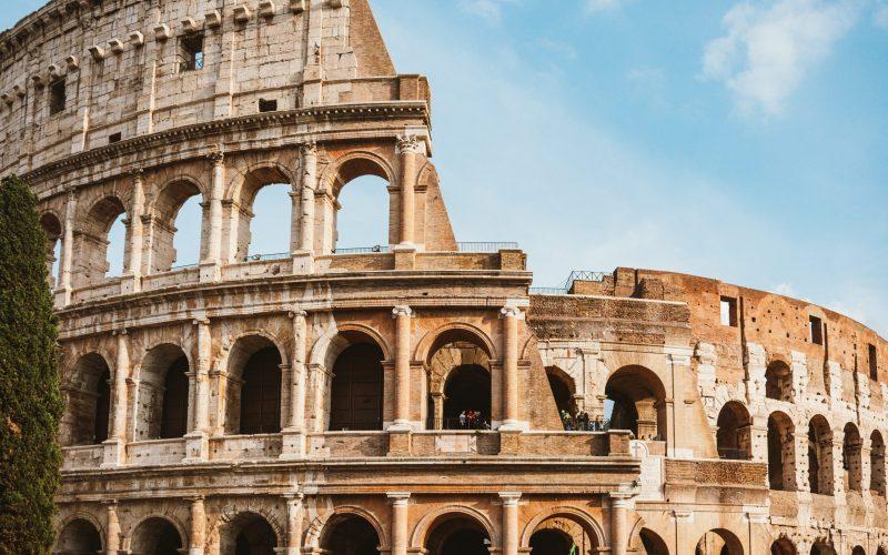 colosseeum-a-famous-landmark-3469505
